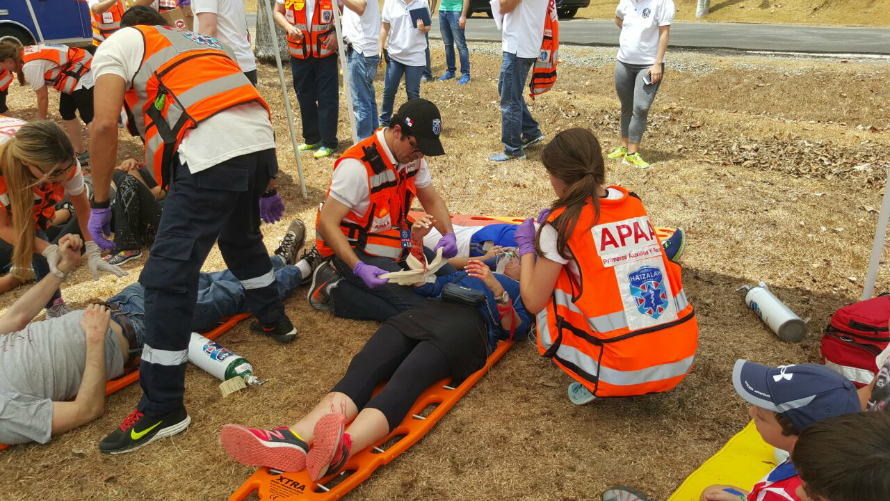 Israeli medics from United Hatzalah train Panama United Hatzalah how to deal with a mass casualty incident (MCI).