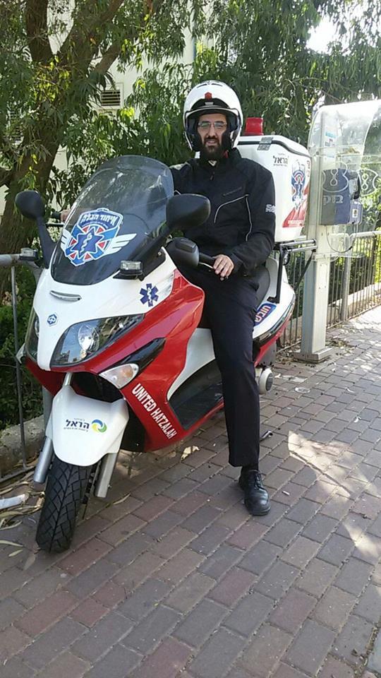 Yossi Kurt on his ambucycle